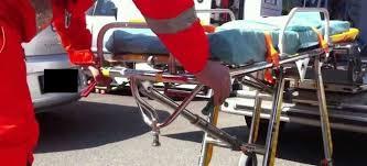 Forcoli, terrore in pasticceria: il braccio di una bambina schiacciato nell'impastatrice