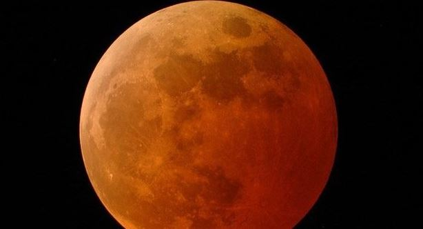 eclissi di super luna
