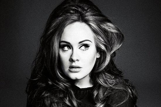 Adele uscito Hello nuovo singolo Testo traduzione video