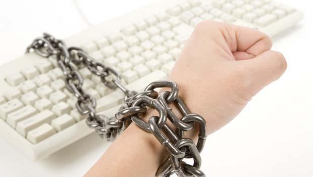 dipendenza-web-giovani-internet