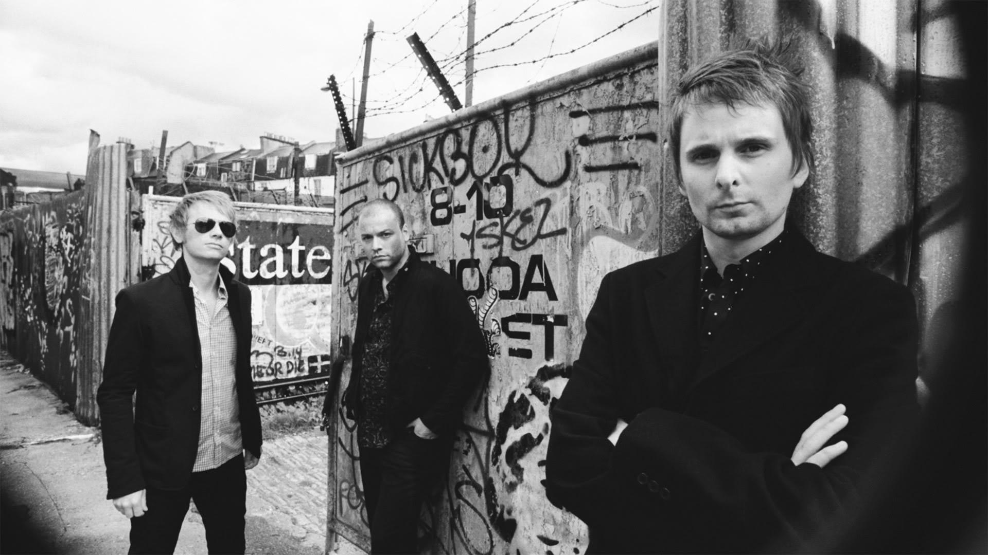"""I Muse hanno pubblicato su Instagram una breve anteprima del """"Drones World Tour"""", il loro nuovo tour mondiale. Video e info date."""