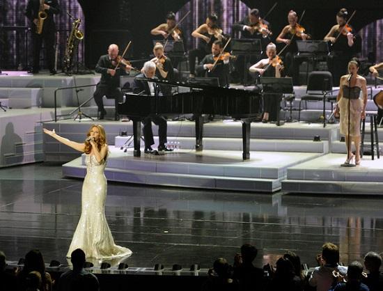 Celine Dion canta Hello di Adele, ma non a tutti piace la performance (Video)