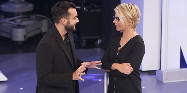 C'è Posta Per te ritorna su Canale 5, prima Tv sabato 9 Gennaio: ospiti Marco Mengoni e gli attori de Il Segreto