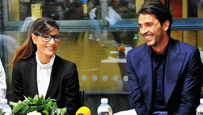 Gigi Buffon padre: Ilaria D'amico ha dato alla luce Leopoldo Mattia, l'annuncio su Twitter