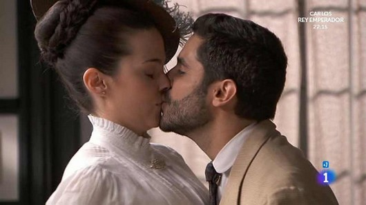 Anticipazioni Una Vita Acacias 38, puntate spagnole: Maria Luisa e Victor insieme?