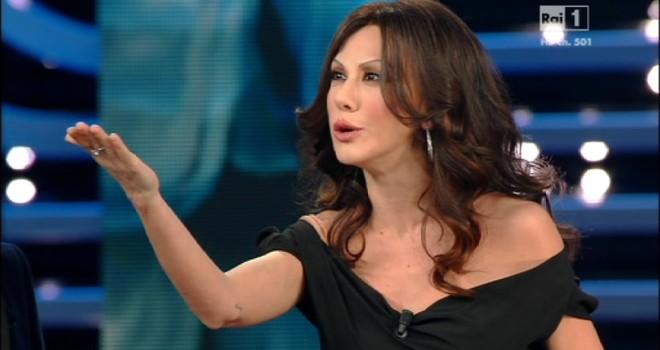 Programmi Tv stasera 11 Febbraio 2016, orari palinsesti: Rai1 terza serata Sanremo 2016, Il Segreto su Canale5