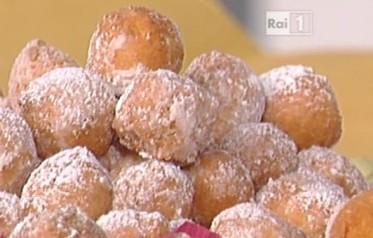 Ricette La Prova del Cuoco, puntata oggi 5 Febbraio 2016, Rai1: castagnole di ricotta di Anna Moroni