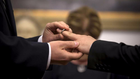Il disegno di legge sulle unioni civili slitta di una settimana. Cirinnà minaccia di lasciare