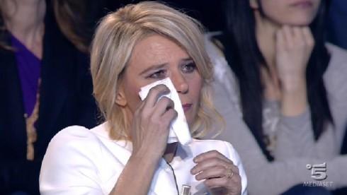 Maria De Filippi in lacrime