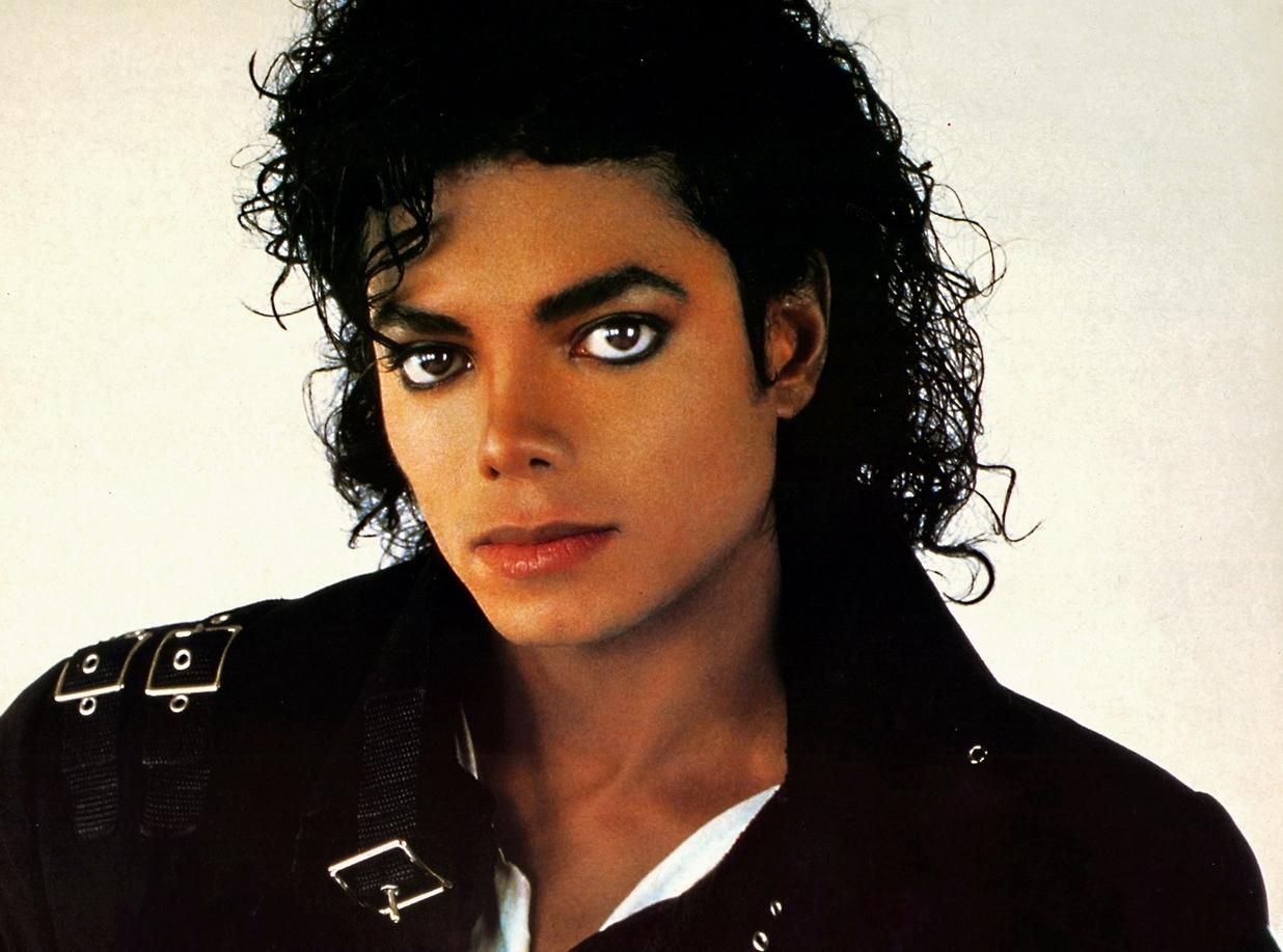 Urban Myths, ecco il Trailer con Joseph Fiennes versione Michael Jackson!